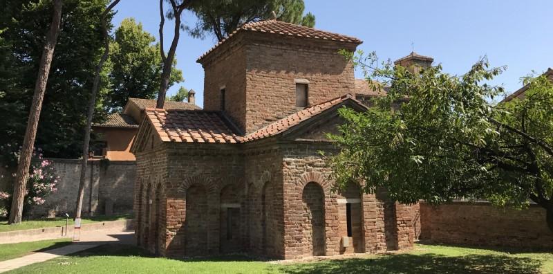 Monumenti Unesco a Ravenna e Palazzo Storico del Rinascimento - 1