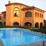 villa venduta a Bertnareggio con piscina