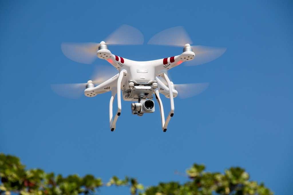 riprese fotografie con drone per proprietà immobiliare