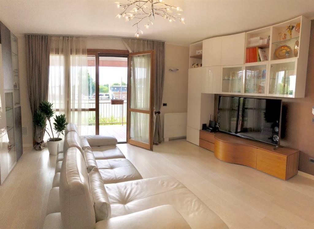 Appartamento in vendita a Cavenago di Brianza (2)