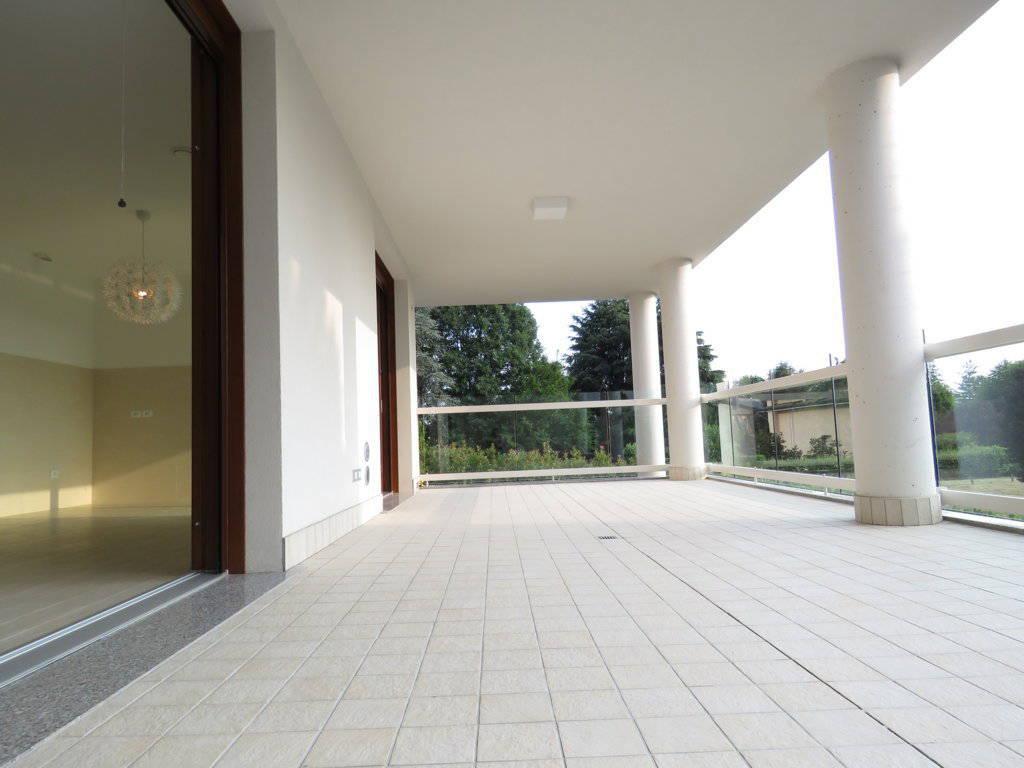 4-locali-con-terrazzo-in-vendita-a-Burago-di-Molgora-Brianza-14