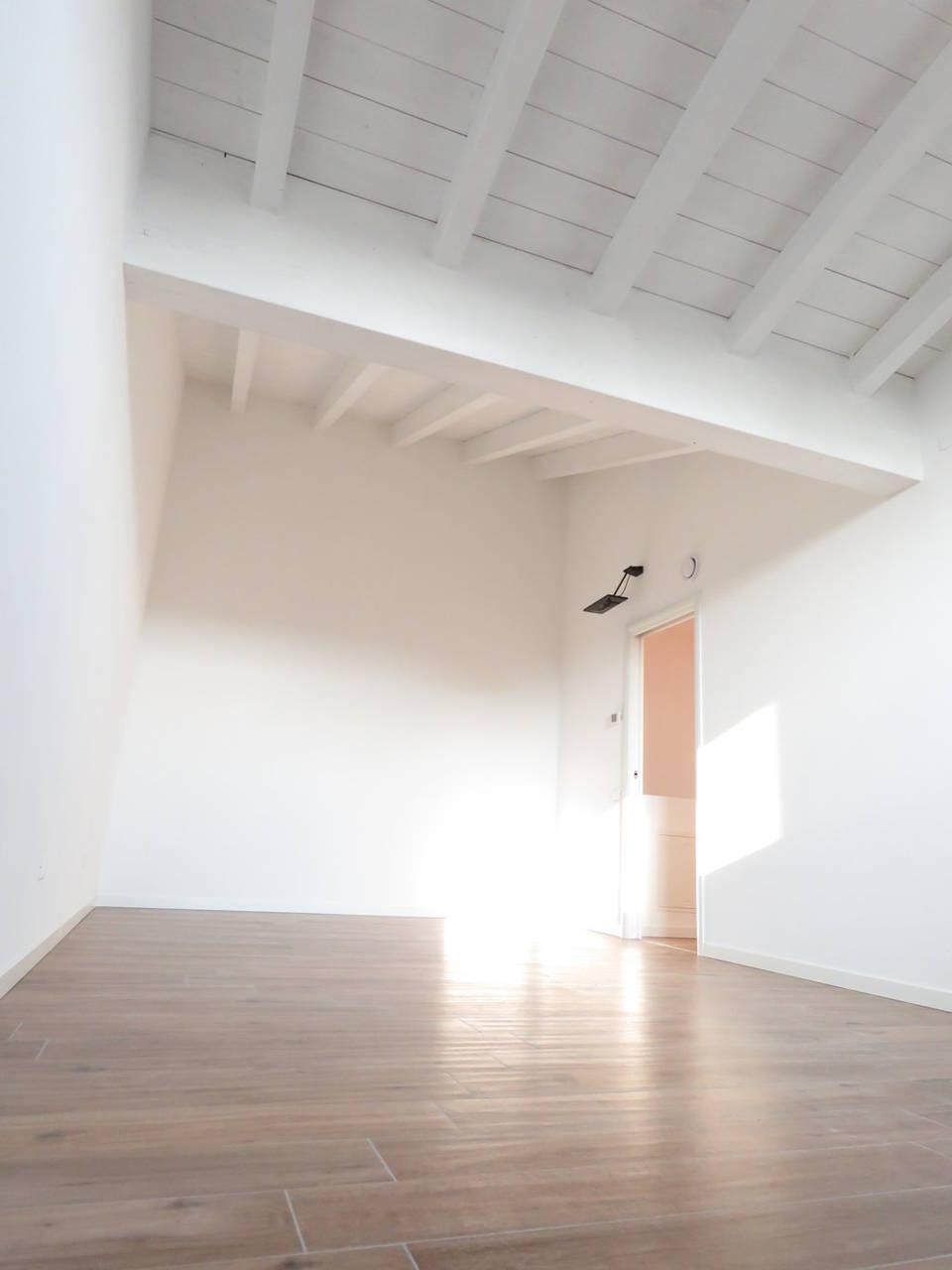 4-locali-con-terrazzo-in-vendita-a-Burago-di-Molgora-Brianza-16