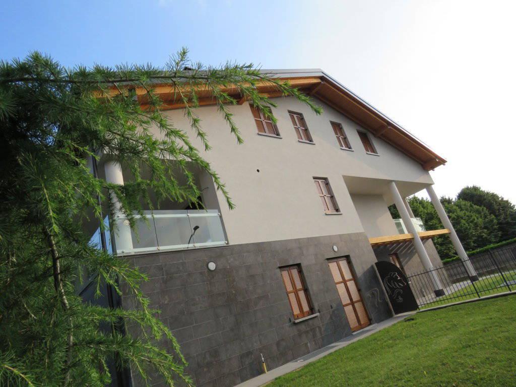4-locali-con-terrazzo-in-vendita-a-Burago-di-Molgora-Brianza