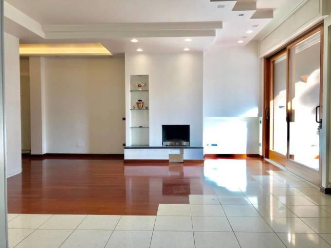 Senza barriere architettoniche - Appartamento 4 locali Vimercate in vendita - Monza e Brianza - 3
