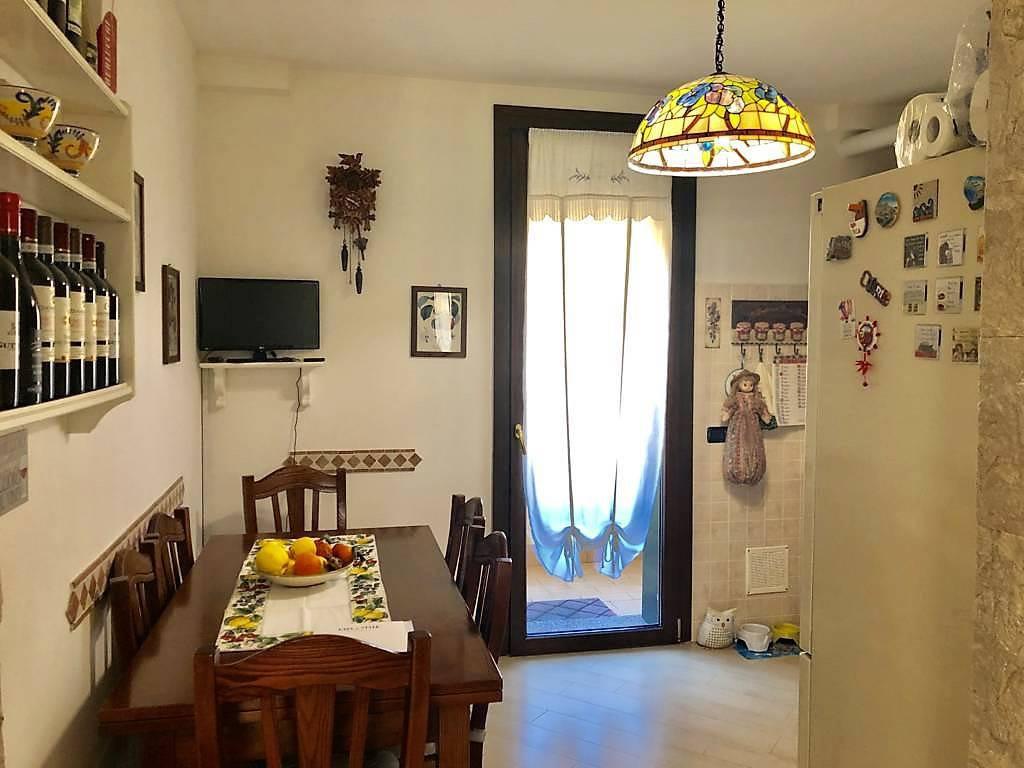 Appartamento-4-locali-con-giardino-in-vendita-a-Carnate-5