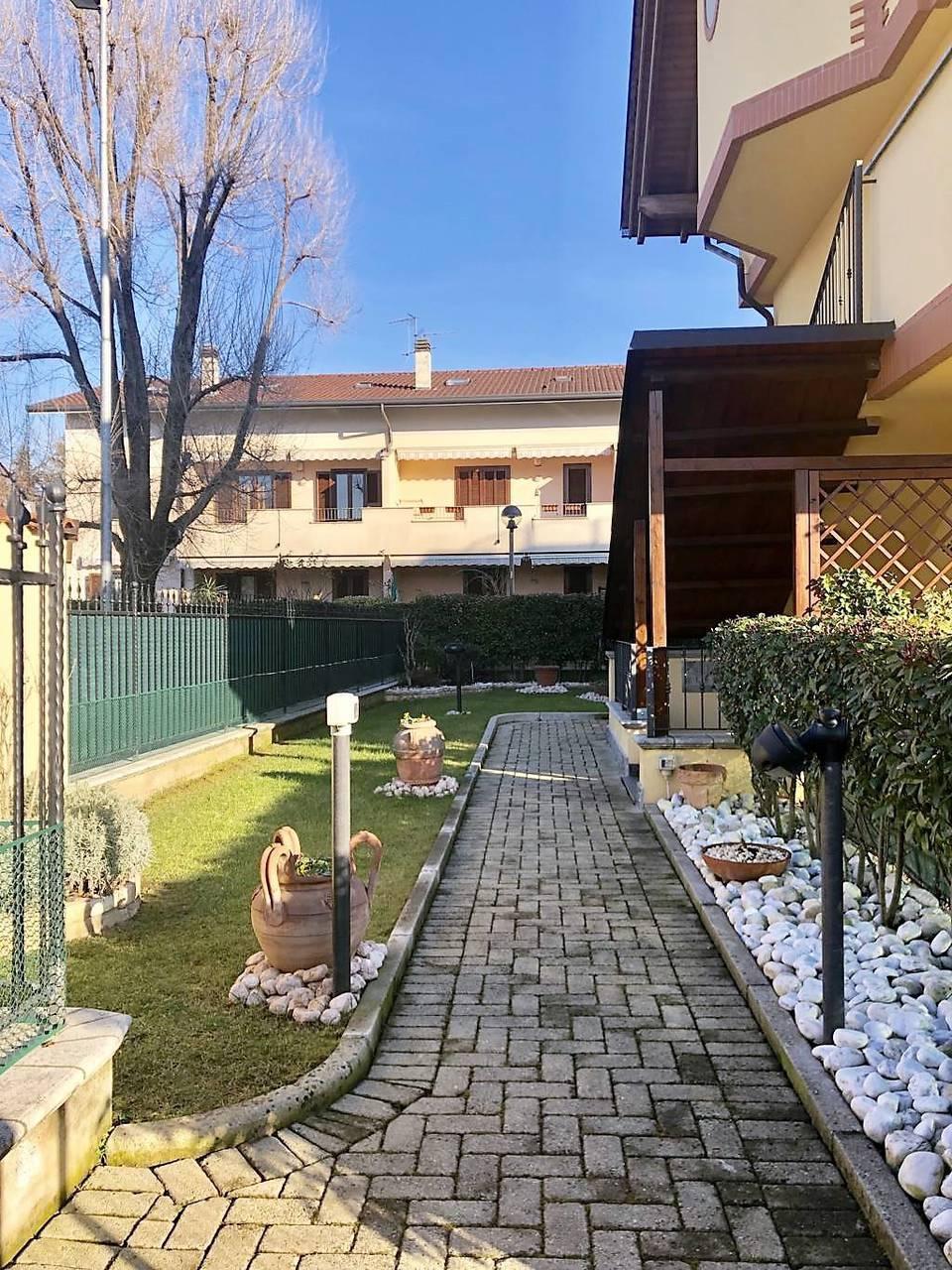 Appartamento-4-locali-con-giardino-in-vendita-a-Carnate-7