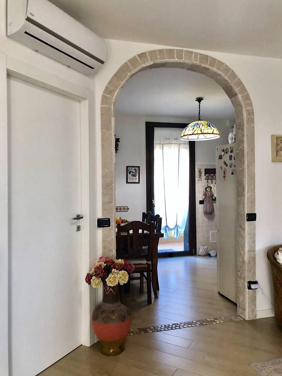 Appartamento-4-locali-con-giardino-in-vendita-a-Carnate-8