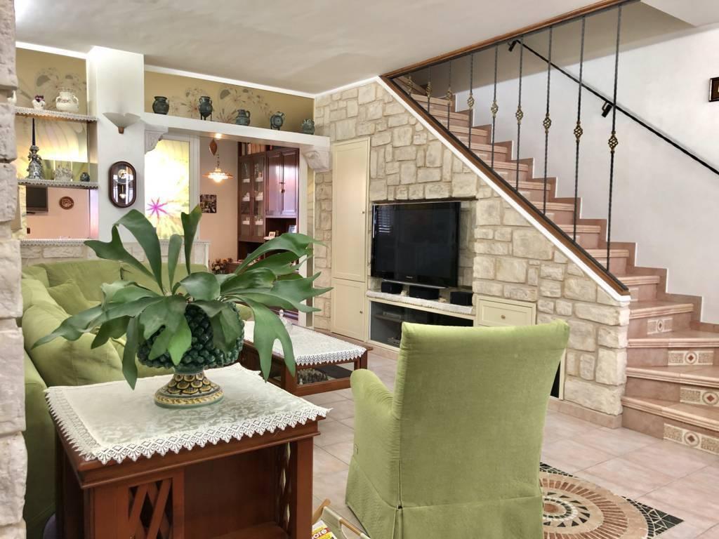 Appartamento-4-locali-giardino-in-vendita-Busnago-3