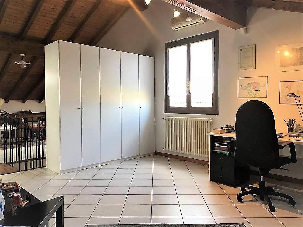 Appartamento-4-locali-in-vendita-a-Bellusco-12