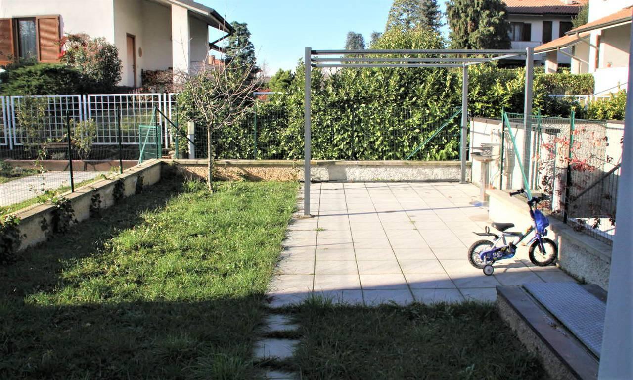 Appartamento-con-giardino-in-vendita-a-Bernareggio-5