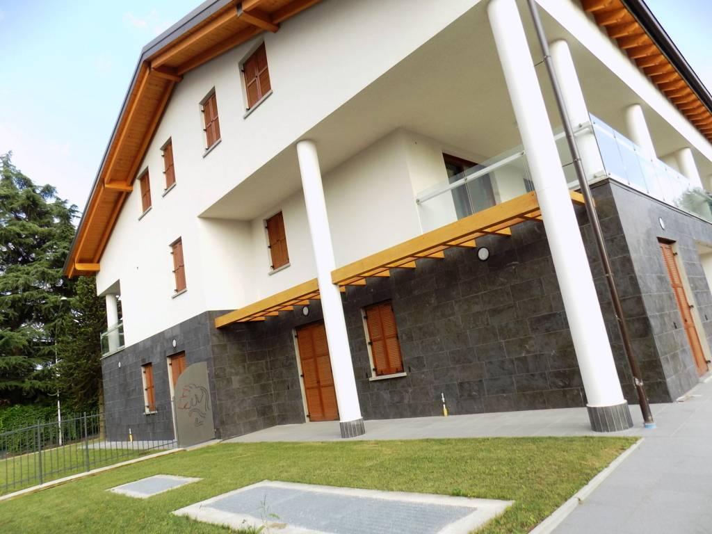 Appartamento-con-giardino-in-vendita-a-Burago-Molgora-16