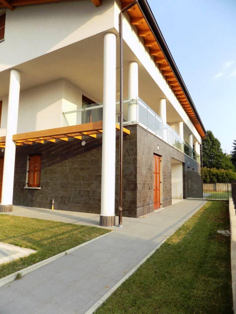 Appartamento-con-giardino-in-vendita-a-Burago-Molgora-20