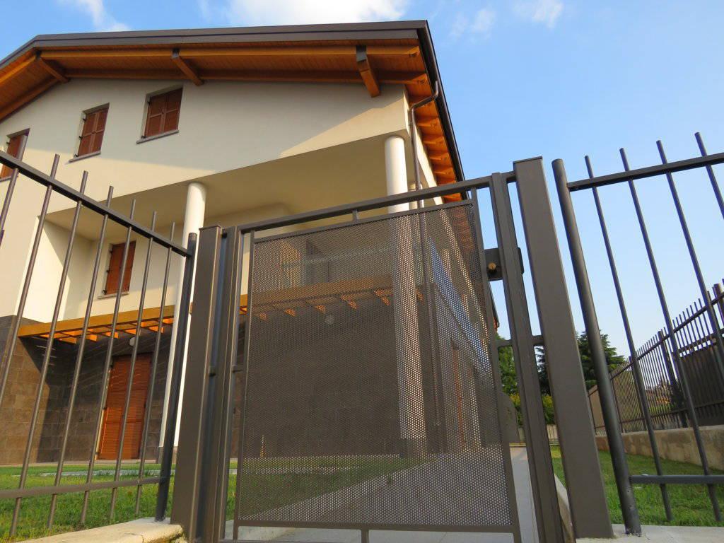 Appartamento-con-giardino-in-vendita-a-Burago-Molgora