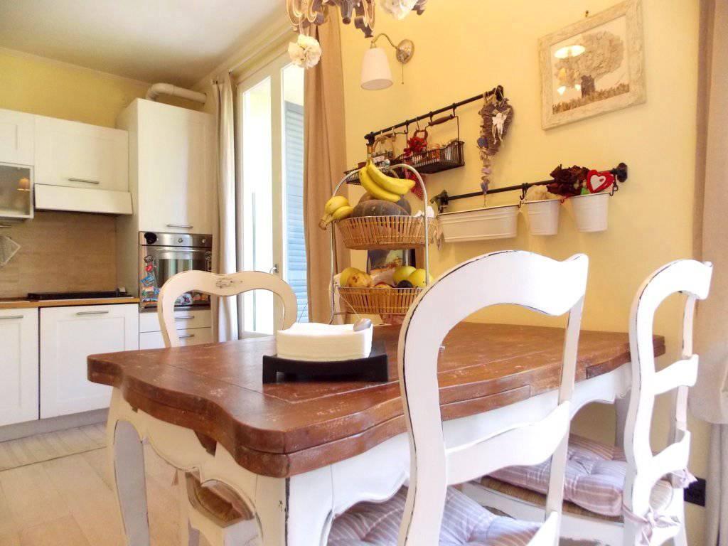 Appartamento-con-giardino-privato-in-vendita-a-Castello-di-Brianza-1