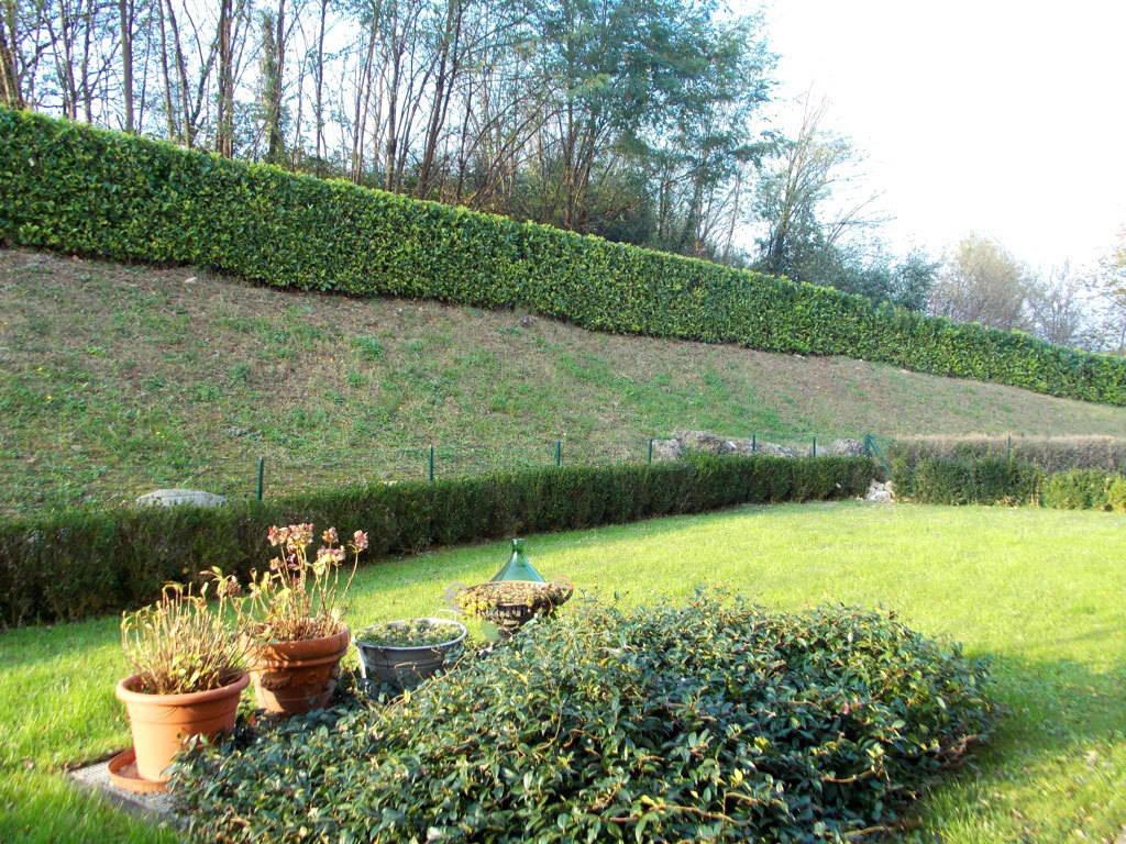 Appartamento-con-giardino-privato-in-vendita-a-Castello-di-Brianza-11