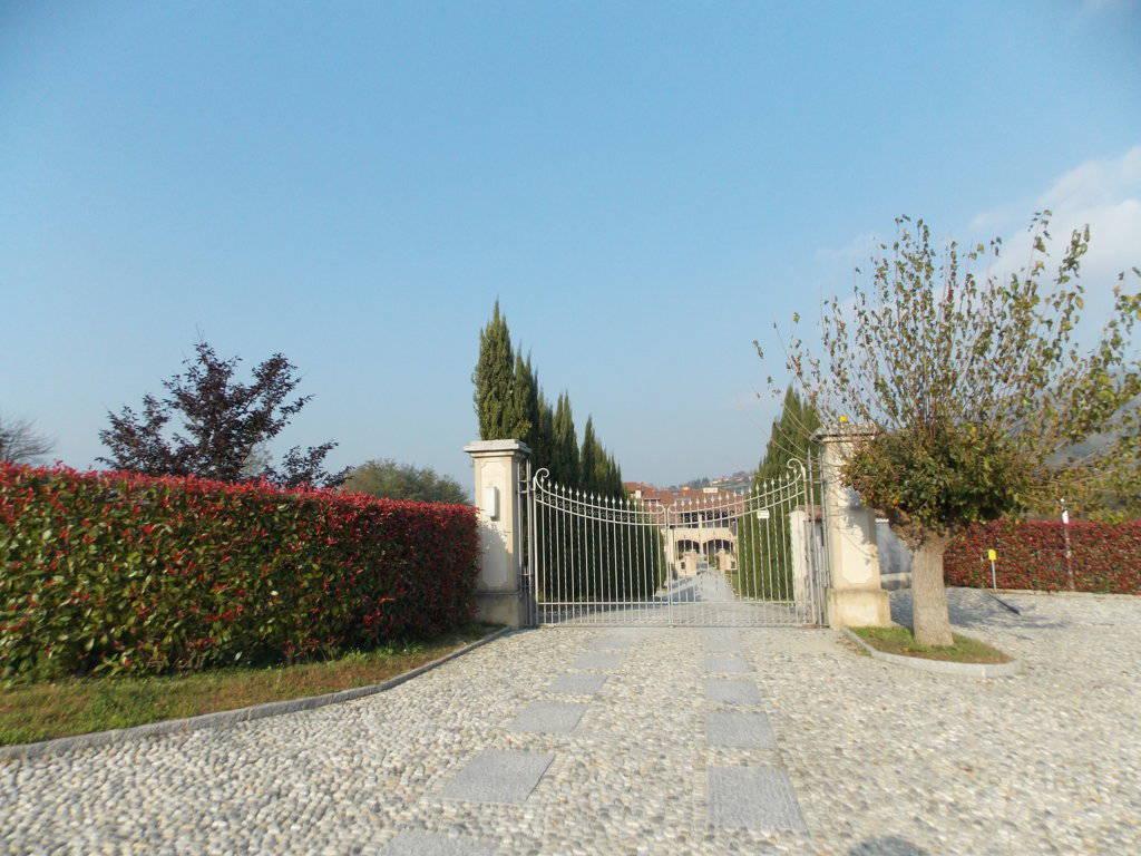 Appartamento-con-giardino-privato-in-vendita-a-Castello-di-Brianza-16