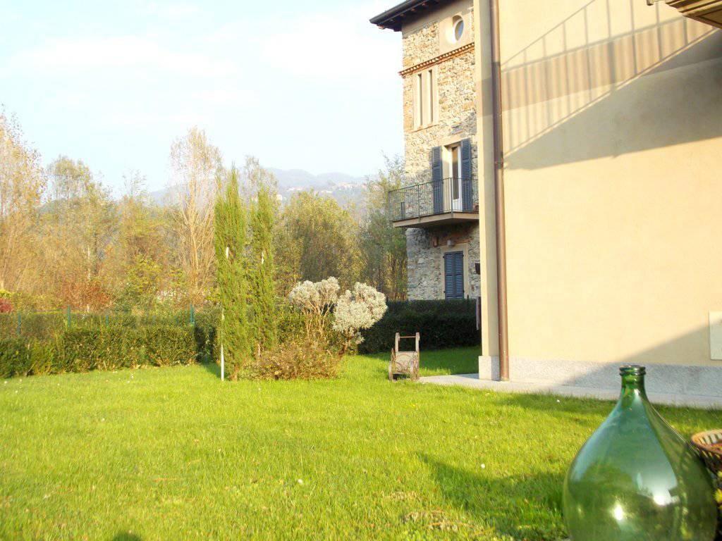 Appartamento-con-giardino-privato-in-vendita-a-Castello-di-Brianza-8