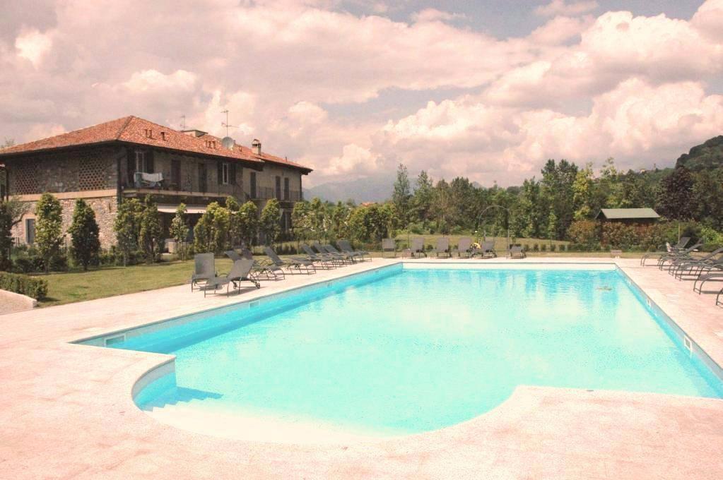 Appartamento-con-giardino-privato-in-vendita-a-Castello-di-Brianza