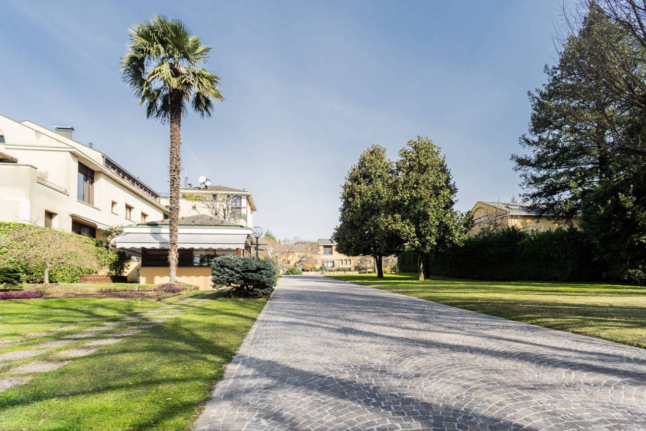 Appartamento-con-giardino-privato-in-vendita-a-Lesmo-31