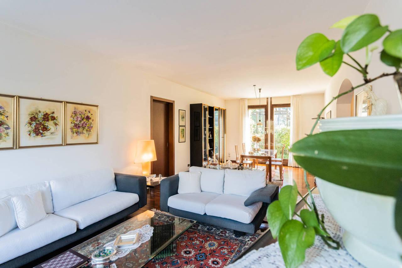 Appartamento-con-giardino-privato-in-vendita-a-Lesmo-7