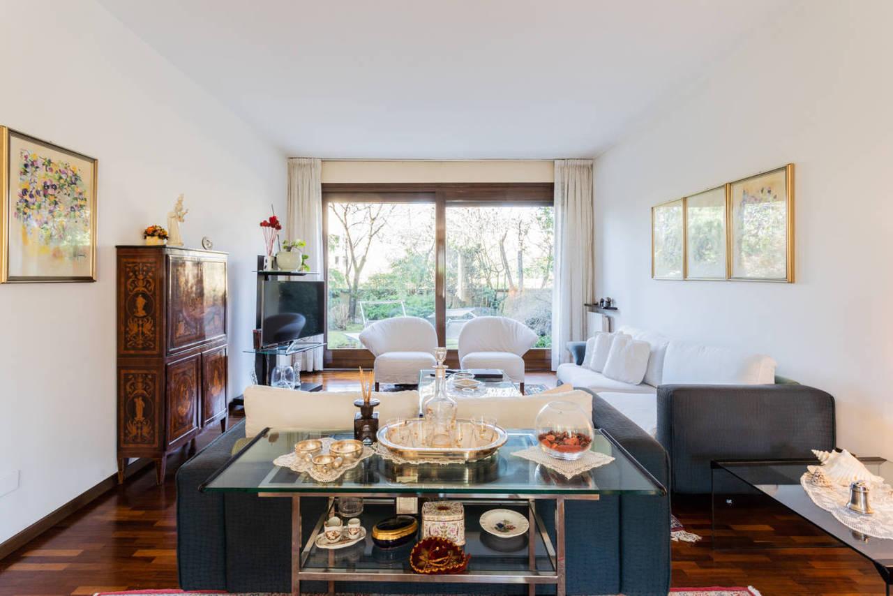 Appartamento-con-giardino-privato-in-vendita-a-Lesmo-8