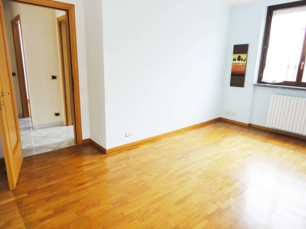 Appartamento-con-giardino-privato-in-vendita-a-San-Giuliano-Milanese-4