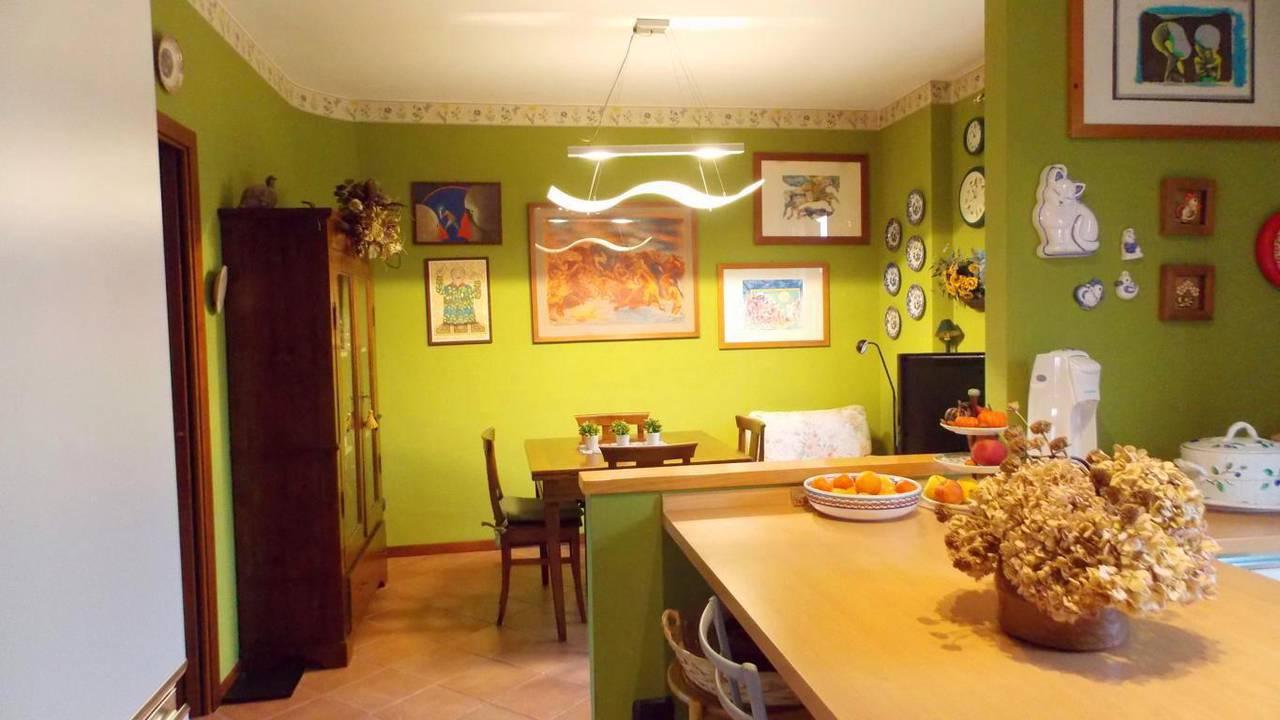 Appartamento-di-ampia-metratura-in-vendita-a-Carnate-12