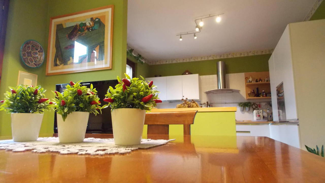 Appartamento-di-ampia-metratura-in-vendita-a-Carnate-5