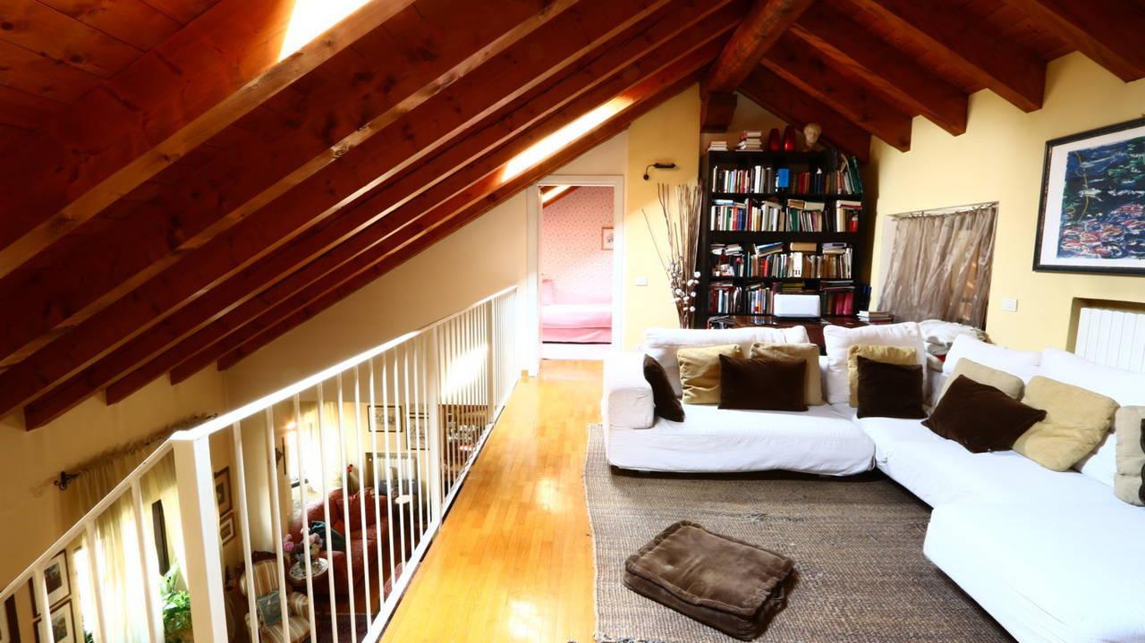 Appartamento-di-pregio-in-dimora-d39epoca-in-vendita-a-Vimercate-11