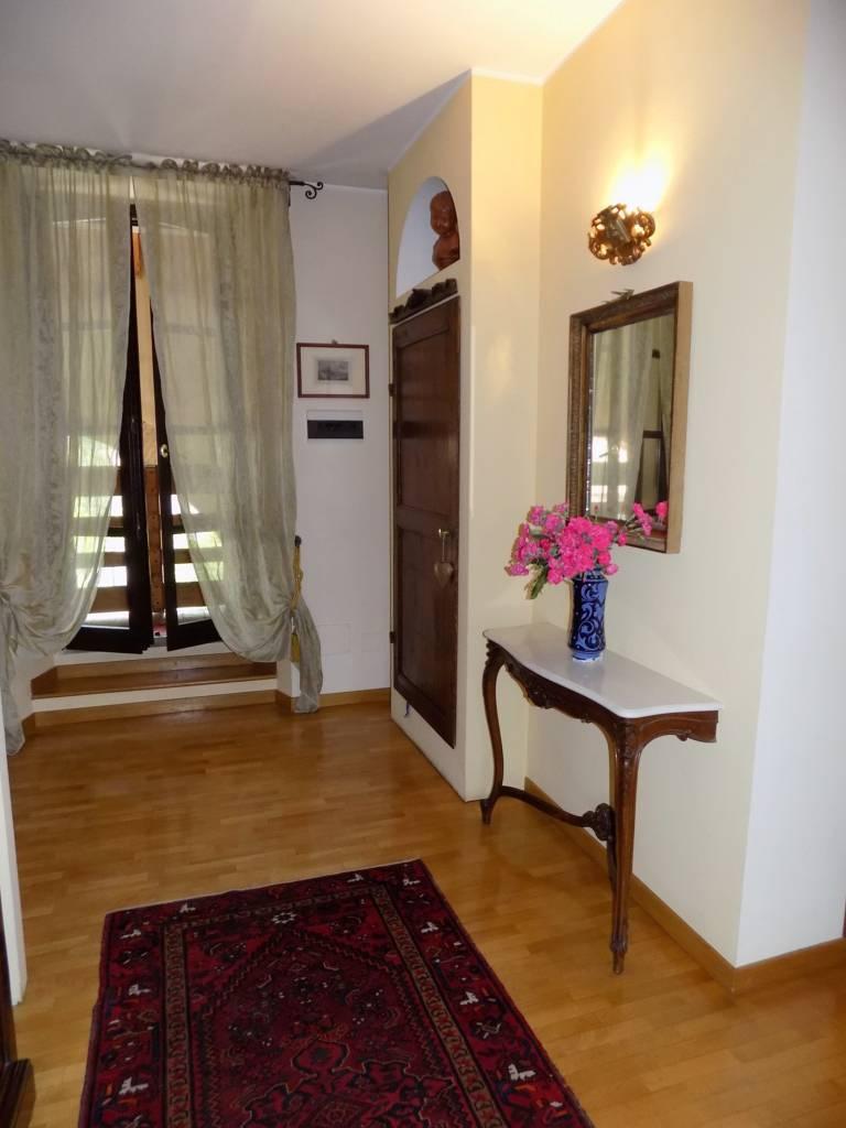Appartamento-di-pregio-in-dimora-d39epoca-in-vendita-a-Vimercate-17