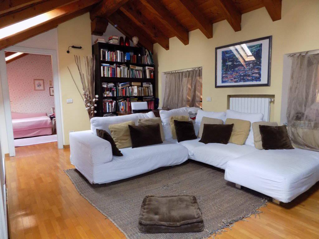 Appartamento-di-pregio-in-dimora-d39epoca-in-vendita-a-Vimercate-18