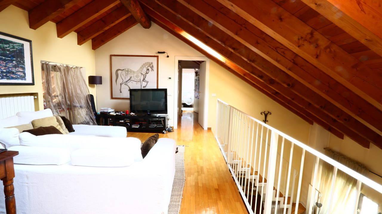 Appartamento-di-pregio-in-dimora-d39epoca-in-vendita-a-Vimercate-2