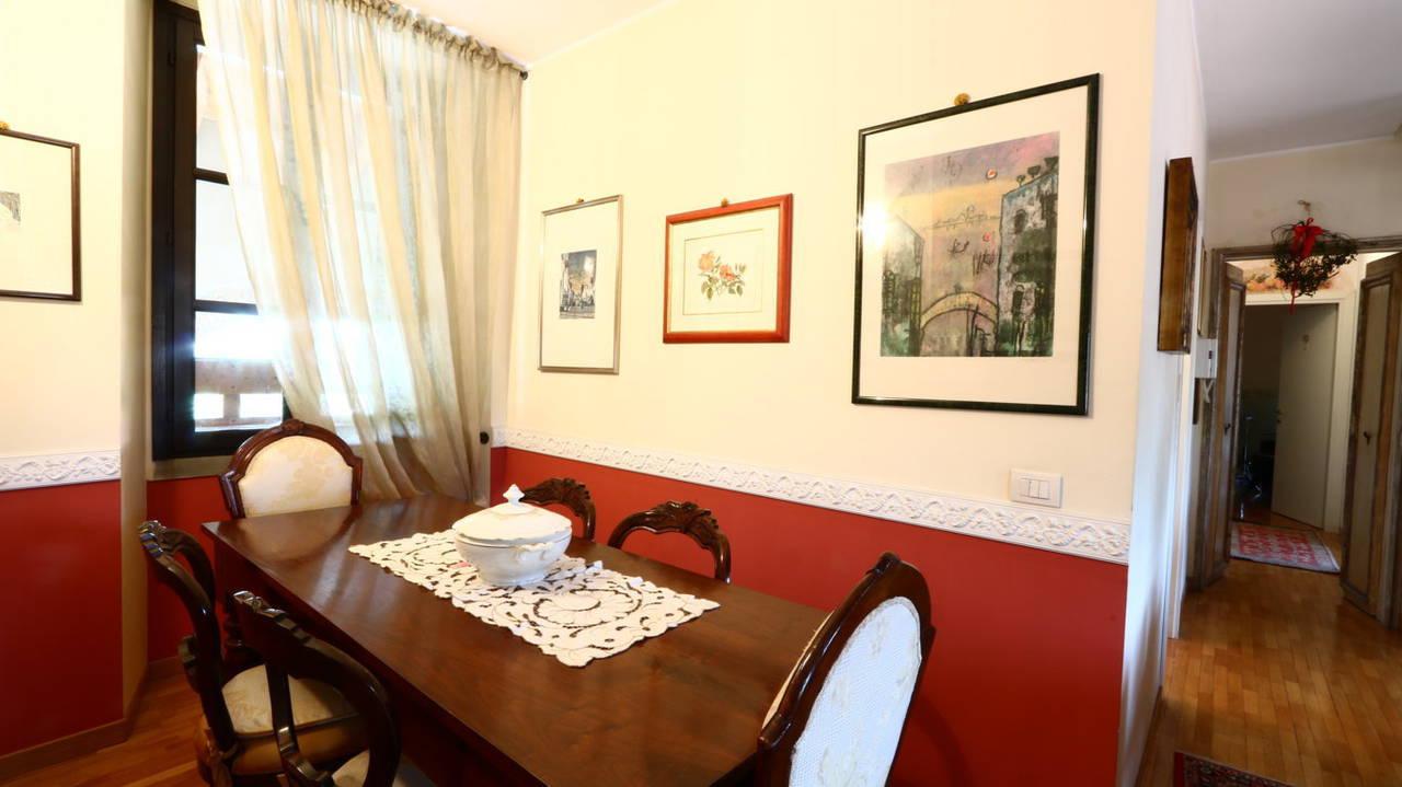 Appartamento-di-pregio-in-dimora-d39epoca-in-vendita-a-Vimercate-20