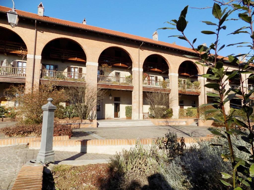 Appartamento-di-pregio-in-dimora-d39epoca-in-vendita-a-Vimercate-22