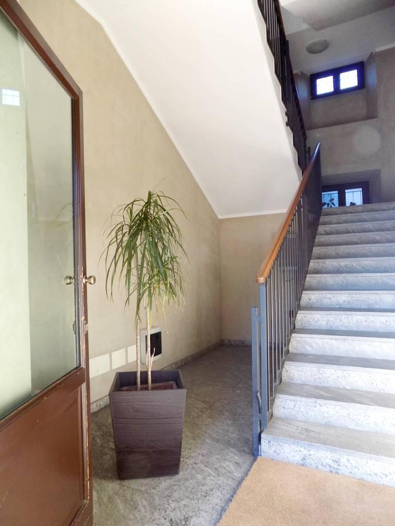 Appartamento-di-pregio-in-dimora-d39epoca-in-vendita-a-Vimercate-25