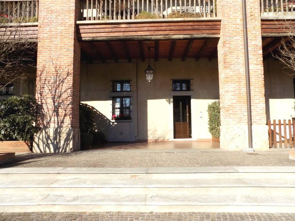 Appartamento-di-pregio-in-dimora-d39epoca-in-vendita-a-Vimercate-8