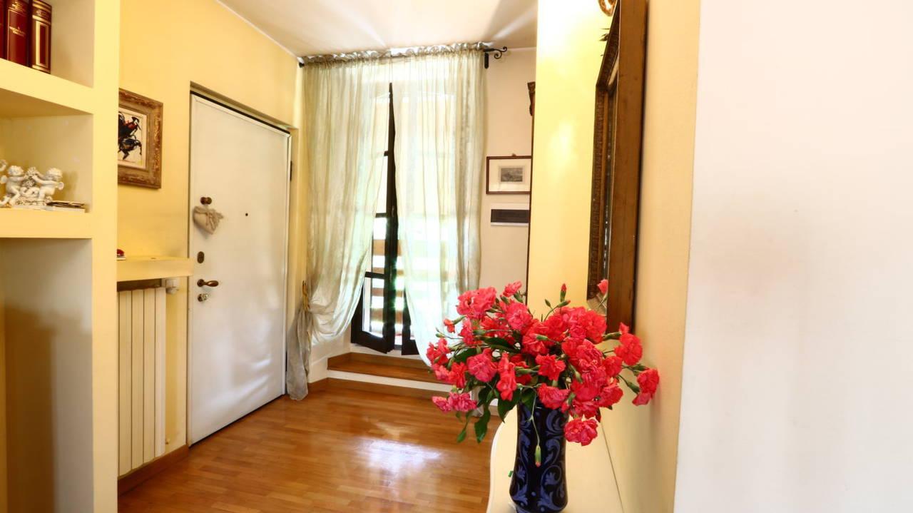 Appartamento-di-pregio-in-dimora-d39epoca-in-vendita-a-Vimercate-9