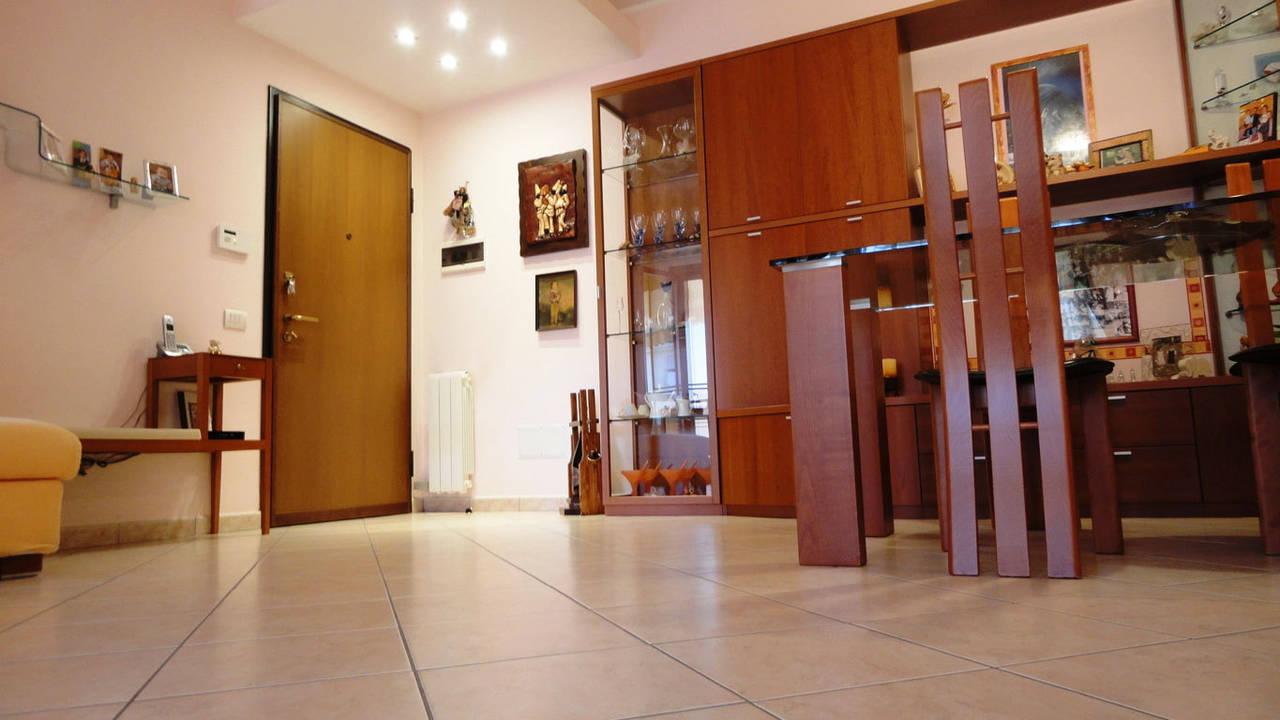 Appartamento-in-vendita-a-Concorezzo-con-terrazzo-11