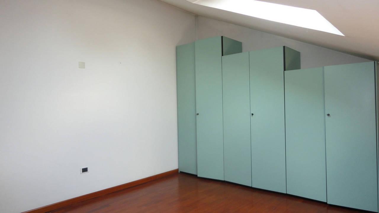 Appartamento-in-vendita-ultimo-piano-a-Vimercate-16
