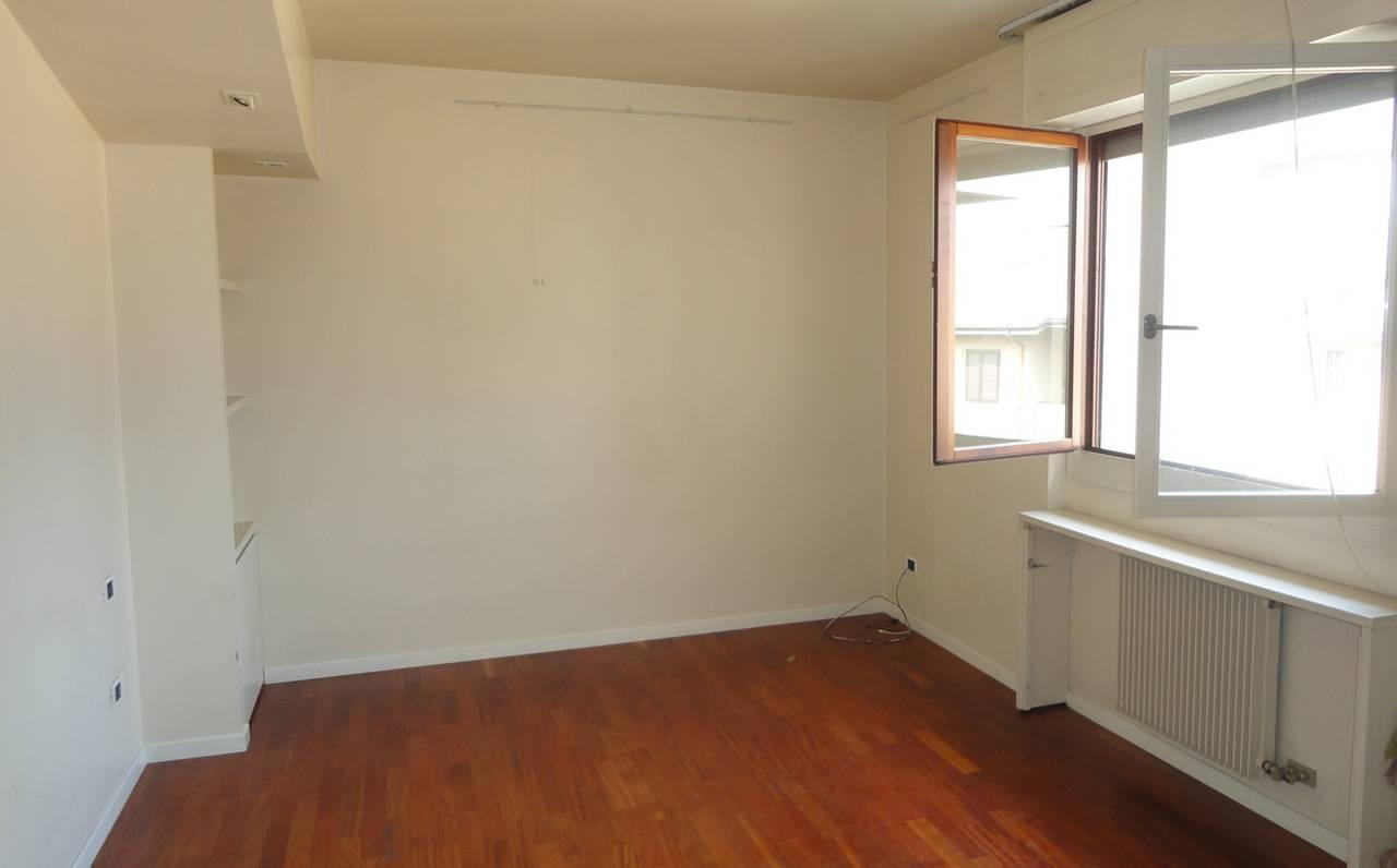 Appartamento-in-vendita-ultimo-piano-a-Vimercate-4