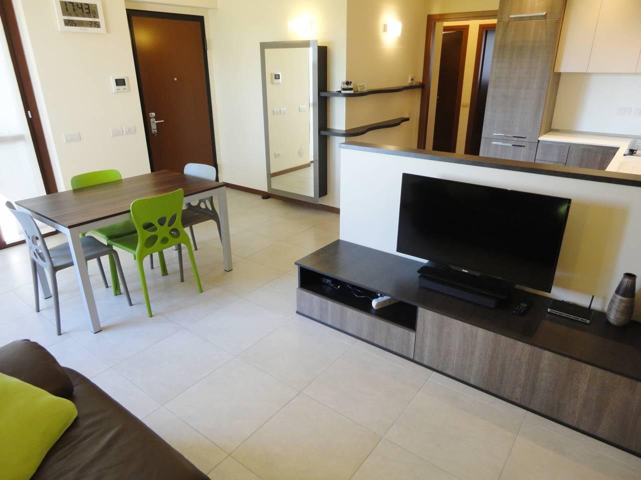 Appartamento-luminoso-in-vendita-a-Burago-di-Molgora-11