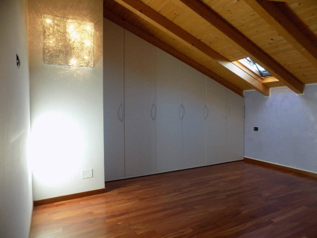 Appartamento-ultimo-piano-in-vendita-a-Busnago-in-Brianza-5