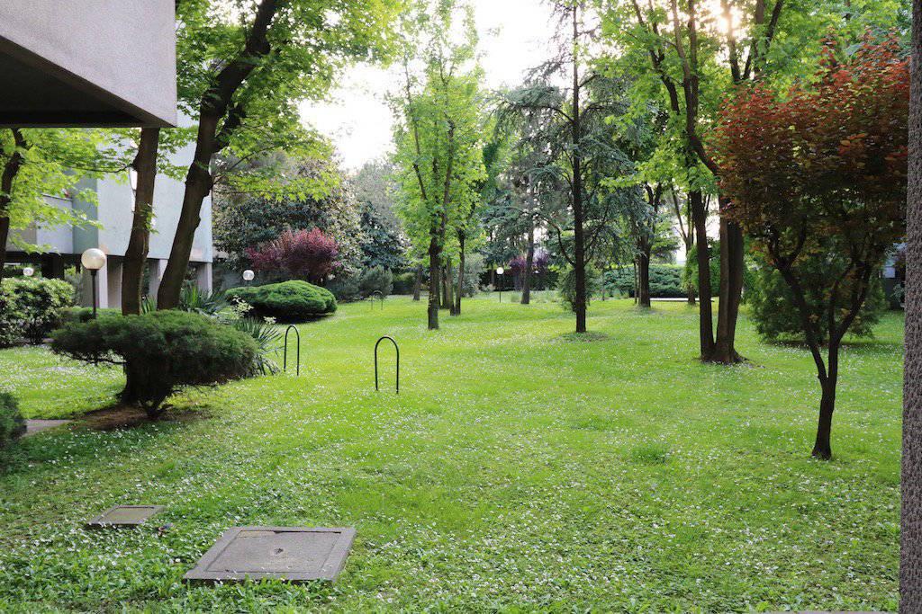 Attico-con-ampio-terrazzo-in-vendita-a-Milano-15