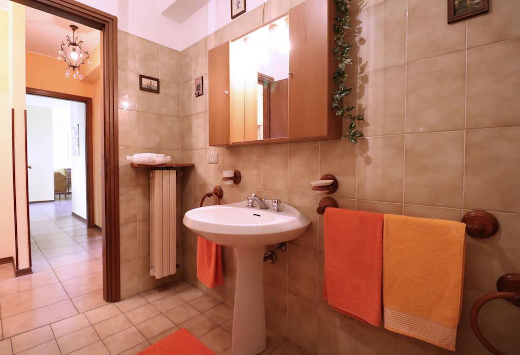 Attico-con-ampio-terrazzo-in-vendita-a-Milano-27