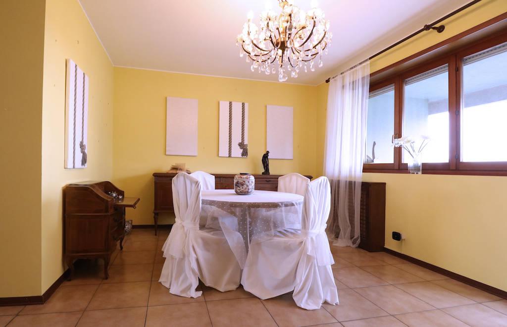 Attico-con-ampio-terrazzo-in-vendita-a-Milano-37