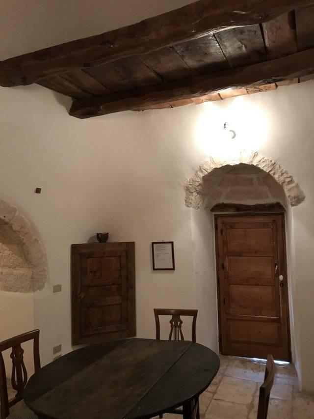 B-and-B-in-vendita-a-Cisternino-in-Puglia-27