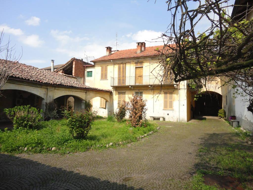 Casale-in-vendita-a-Borgo-San-Siro-Pavia-3