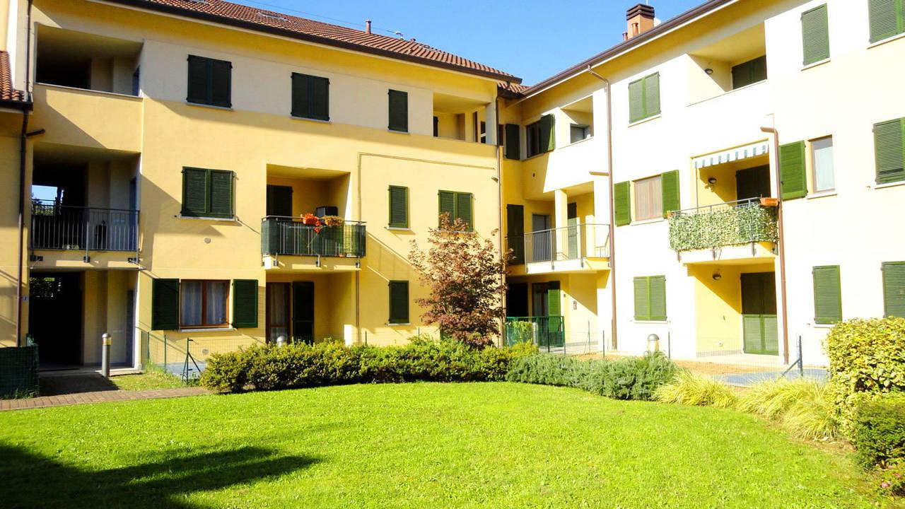Case-Ville-Attici-in-vendita-a-Bernareggio-7