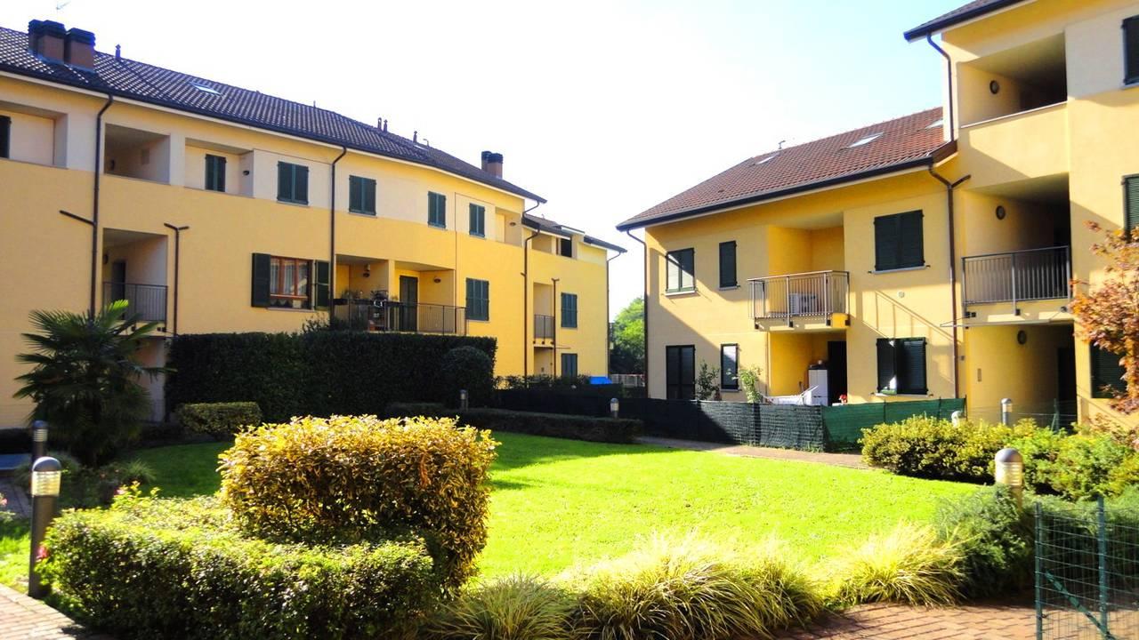 Case-Ville-Attici-in-vendita-a-Bernareggio