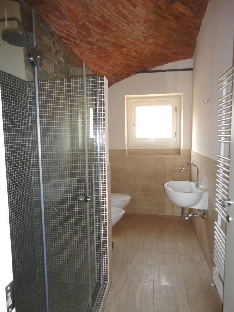 Case-con-piscina-in-vendita-a-Castello-in-Brianza-4